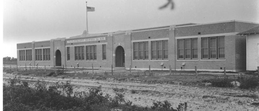 Picture of Flour Bluff School 1939
