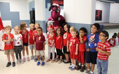 ECC students pose with Buzzy