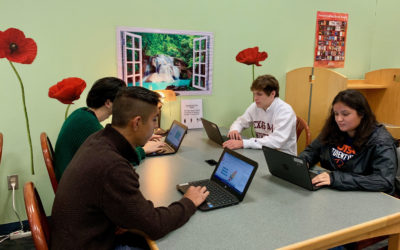Flour Bluff High School students take part in coding activity at FBHS Library